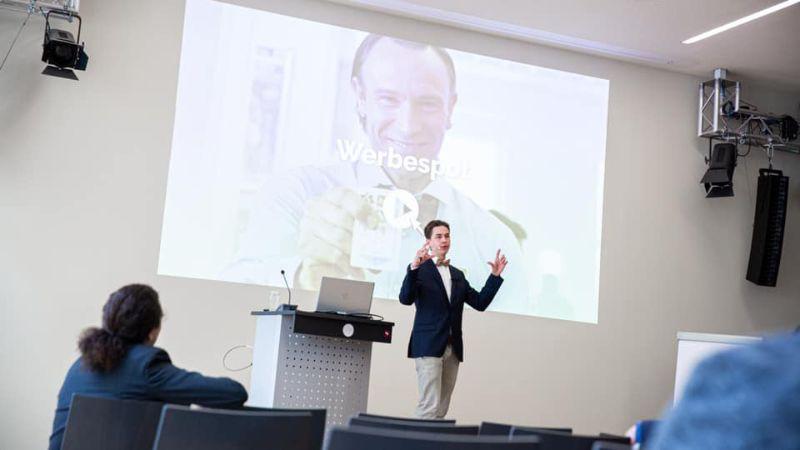Redner Florian Arndt